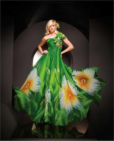 Paris Ball gown 11043